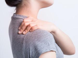 hogyan lehet edzeni, amikor a vállízület fáj