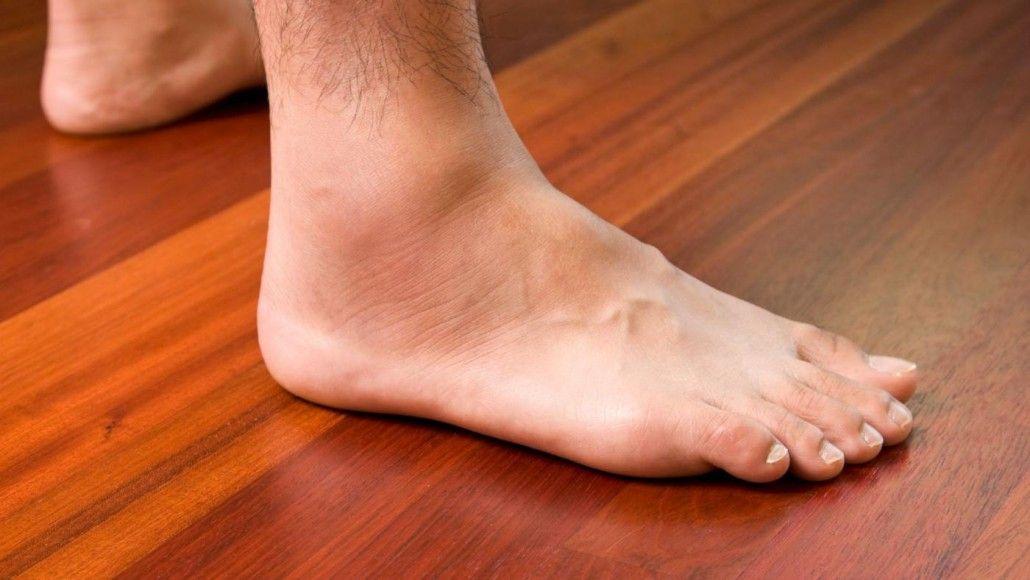 duzzadó fájdalom a karok és a lábak ízületeiben