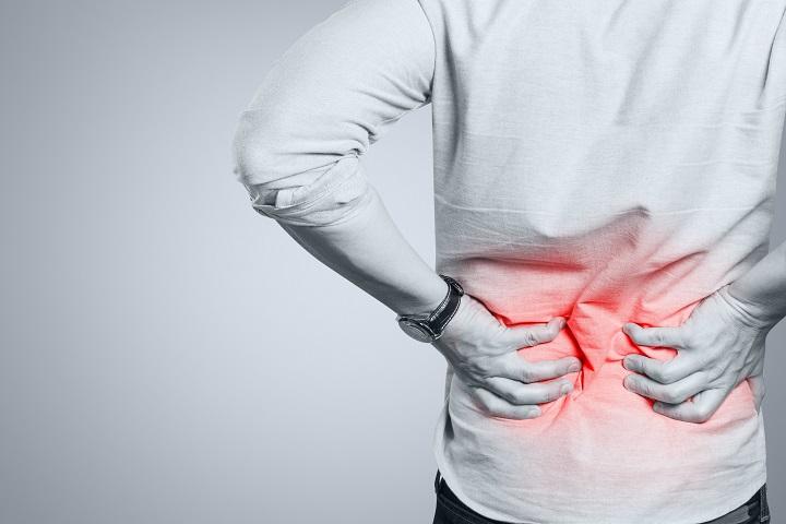 hátfájás és minden ízület fáj