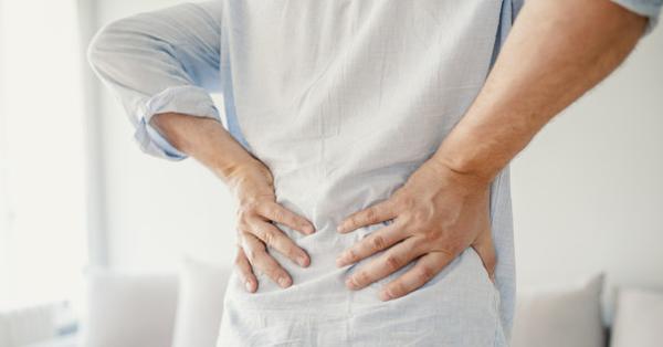 vándorló fájdalom a csípőízületben