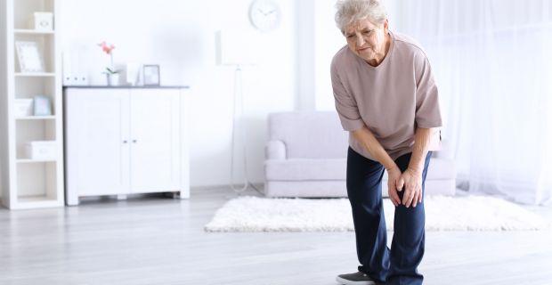 ízületek fáj az idős emberekben gyógyszerek a 2. fokú nyaki osteochondrozishoz