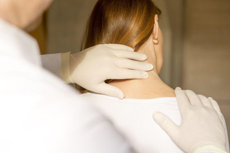 izom- és ízületi fájdalom stroke után.