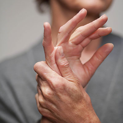 a kezek interfalangeális ízületei fájnak jó kenőcs a nyaki osteochondrosis ellen
