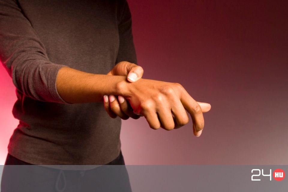 az orvosok a térd ízületi gyulladását kezelik