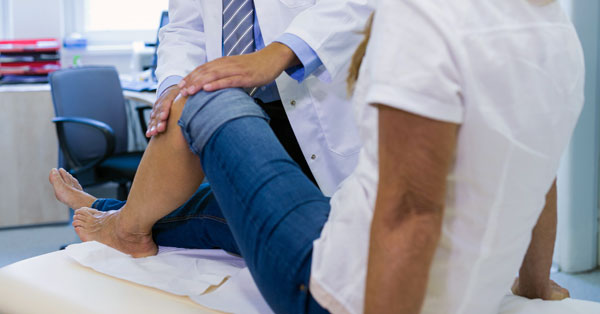 fáj térdízületek torna a csípőízület artrózisának kezelésében