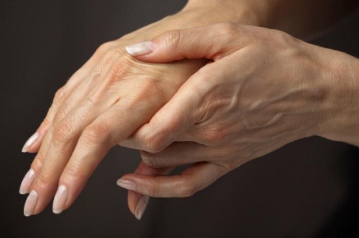 ízületi gyengeség a csípőben a kezek ízületeinek psoriasis ízületi gyulladása