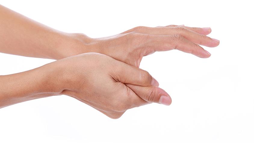 fájdalom az ujjak ízületein