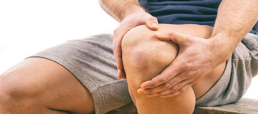 A térdfájdalom kezelése idős korban