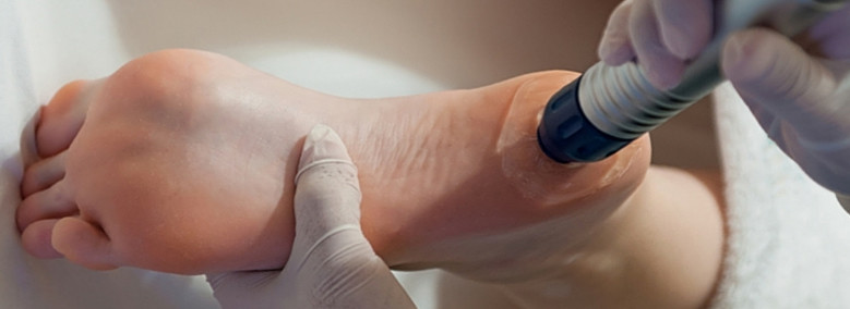 kattanás és fáj a láb ízületei könyökízület duzzanat fájdalom