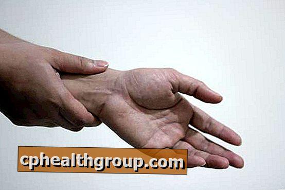 a kéz kis ízületeiben a fájdalom oka